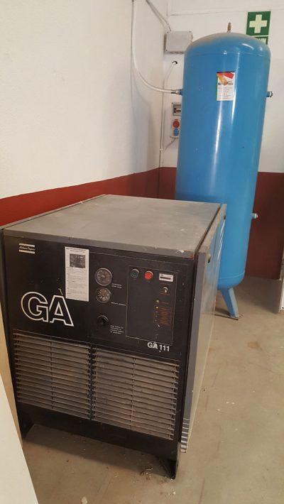 Compresor Atlas Copco GA 111 y depósito de 500 Litros